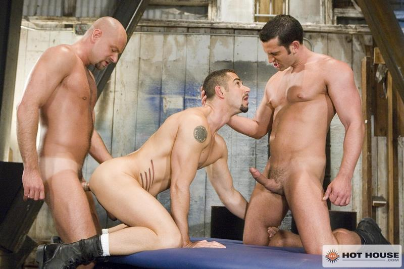 Vídeo Gay Download – Sexo Gay: Dean Monroe, Matt Cole, Nick Horn