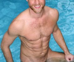 High Performance Men – Homens na Piscina: Allen Silver, Christopher Daniels, Will Swagger