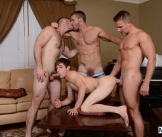 Vídeo Gay Download – Suruba Gay: Johnny Rapid, Landon Conrad, Logan Vaughn & Paul Wagner
