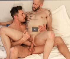 Vídeo Gay Download – Sexo Gay Bareback: Rainer & James Castle