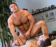 Vídeo Gay Online – Sexo Gay: Adam Champ & Mitch Branson