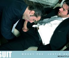 """Vídeo Gay Online – Sexo Gay: Woody Fox and Justin Harris in """"PURE SUIT'"""