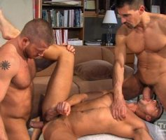 Vídeo Gay Online – Suruba Gay: Jessie Colter,David Anthony & Hunter Marx