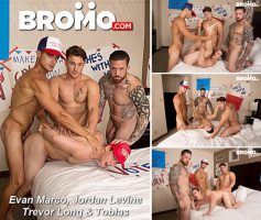 Vídeo Gay Download – Sexo Grupal Bareback: Evan Marco, Jordan Levine, Trevor Long & Tobias
