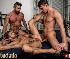 Vídeo Gay Online – Sexo Gay Bareback: Alex Kof, James Castle & Mario Domenech