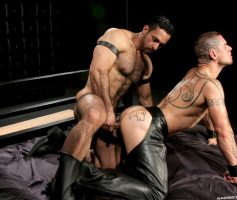 Vídeo Gay Online – Sexo Gay: Adam Champ & Logan McCree