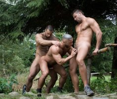 Vídeo Gay Online – Suruba Gay: Francois Sagat, Julian Vincenzo & Ted Colunga