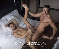Vídeo Gay Online – Sexo Gay: Theo Ford & Andrea Suarez